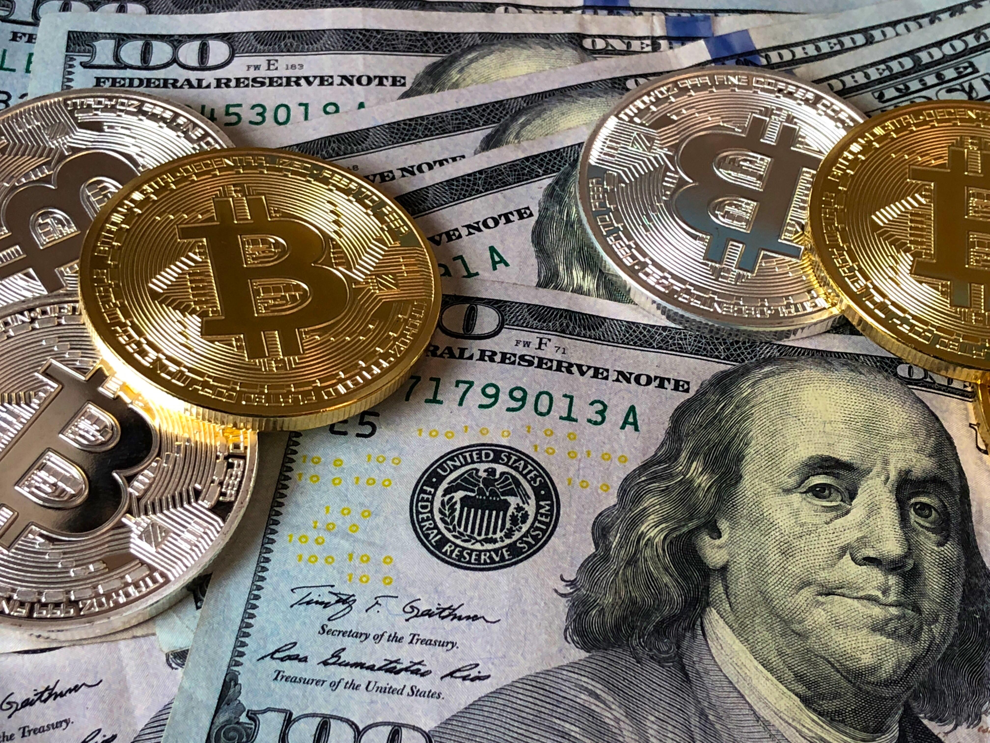 trei motive să stai departe de bitcoin