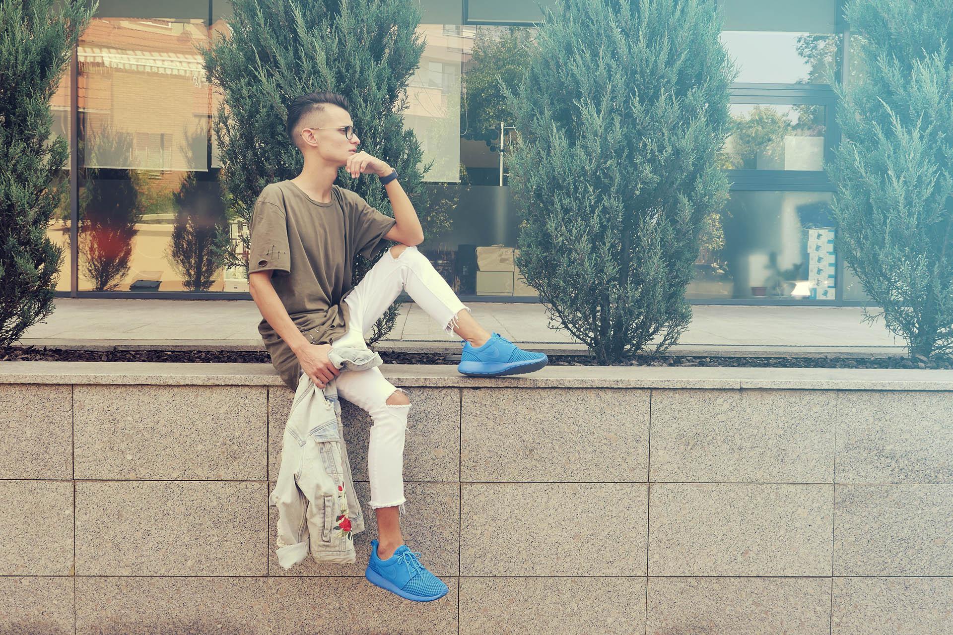 Tricou Calvin Klein, Jeans Primo Emporio, Jachetă Zara, pantofi sport Nike