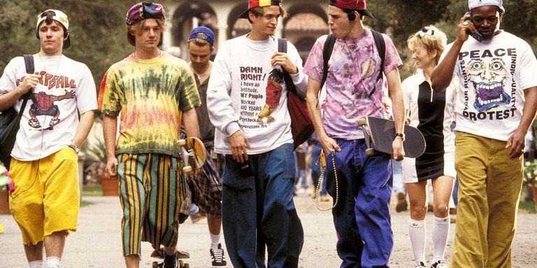 Revine moda anilor '90