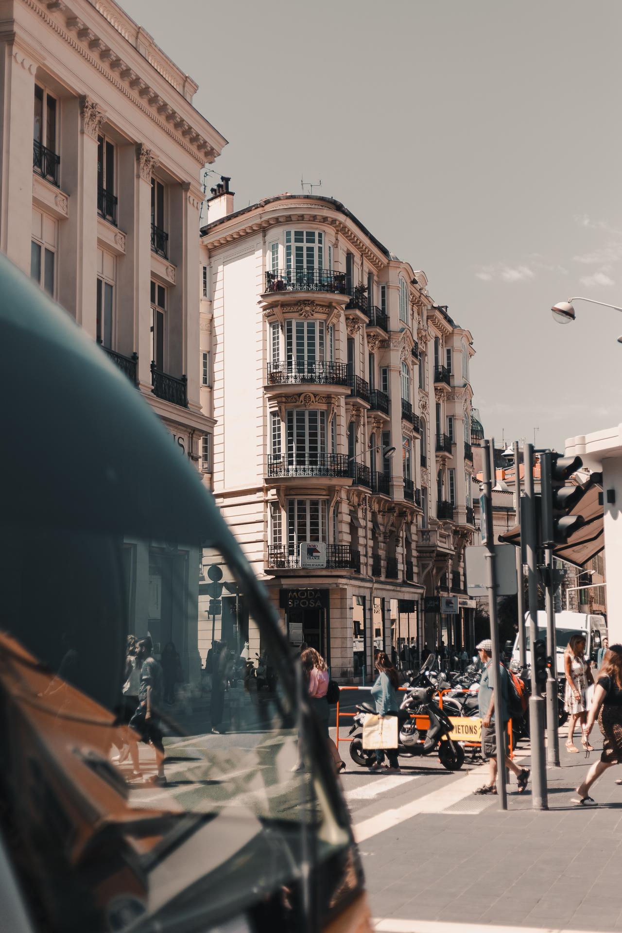Turist prin Nisa